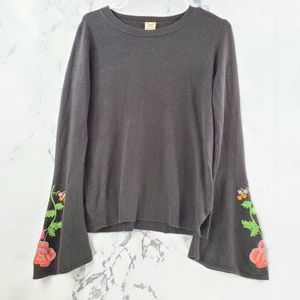 !SALE 3FOR20! Faded Glory Embroider Bell Sleeve